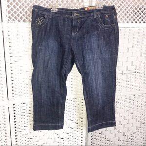 Apple Bottoms Women Jeans Capri SZ 15/16 Cropped